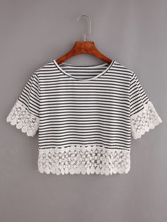Shop Lace Trimmed Black White Striped Crop T-shirt online. SheIn offers Lace Trimmed Black White Striped Crop T-shirt & more to fit your fashionable needs. Black And White Crop Tops, Striped Crop Top, Black White Stripes, Crop Top And Shorts, T Shirt And Shorts, Long Sleeve Crop Top, Cooler Look, Mode Inspiration, Cami Tops