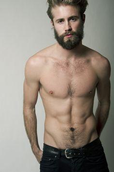 faça amor, não faça a barba!