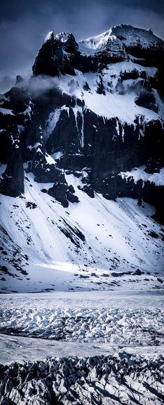 Myrdalsjokull Glacier, Iceland. Photo by @darekm101