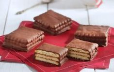 Sweet Desserts, Sweet Recipes, Arabic Sweets, Oreo Pops, Nutella, Smoothies, Sweet Tooth, Food And Drink, Cooking Recipes