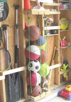 Rangement article de sport dans le cabanon