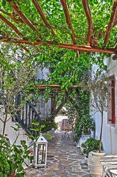 Restaurant yard, Mykonos, Greece
