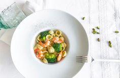 Orecchiette mit Garnelen und Gemüse-Pistaziensauce... Orecchiette aux crevettes et sauce pistache-légumes... used items: Navigenio #AMCRezept #AMCrecettes Noodles, Potatoes, Rice, Pistachio, Healthy Nutrition, Health, Recipies, Pasta Noodles, Noodle