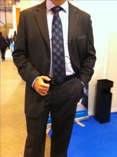 Conference 2.0 at the Marketing Show - Traje de Macson, Camisa de Ralp Lauren, corbata de Calvin Klein y cinturón de Gucci