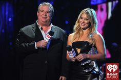 #ElvisDuran and #HilaryDuff introduce Meghan Trainor at the 2014 iHeartRadio Music Festival! #iHeartRadio