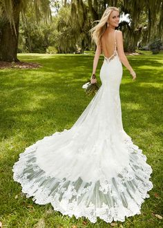 [$209.99] Elegant Tulle Spaghetti Straps Neckline Mermaid Wedding Dresses With Lace Appliques