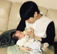 VIXX Leo and his nephew