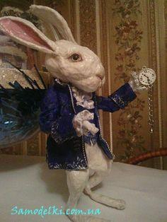 Кролик торопится к Алисе. Ватная игрушка | Самоделки