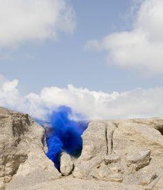 Lengua azul, parte de la serie 'nebula humilis' de Lola Guerrera     (mejor nombre ever, por cierto)
