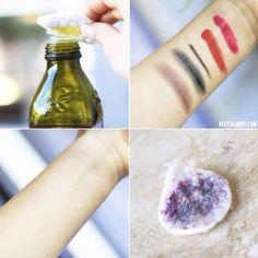Use azeite de oliva como demaquilante natural para rímel à prova d'água.