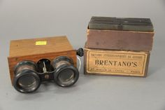 World War I Brentano's Paris stereo slides with viewer, approximately 40 slides and half of them gruesome scenes, dead soldiers and horses.