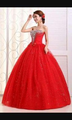 Vestido de debutante vermelho - R$ 4.500,90