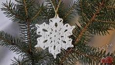 Snow Flakes Diy, Christmas Wreaths, Christmas Ornaments, Snowflakes, Holiday Decor, Crochet, Home Decor, Xmas, Amigurumi