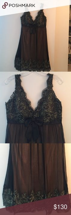 ❤Super cute❤ Sue Wong black lace; silk bow dress Sue Wong cocktail black lace detail silk bow dress V back. Wore only once in perfect condition. Offers welcome! Sue Wong Dresses