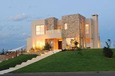 Grupo Gore - Casa estilo actual racionalista / Arquitectos - PortaldeArquitectos.com
