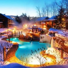 25 beautiful photos that will make you love winter in Canada - Canadian Living Ski Vacation, Vacation Destinations, Vacations, Ontario Parks, Best Ski Resorts, Canadian Travel, Spa Treatments, Blue Mountain, Winter Activities