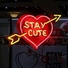 Stay cute - neon heart