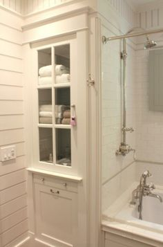 Awesome 37 Vintage Farmhouse Bathroom Remodel Ideas On A Budget. Source by hhaganjones The post Awesome 37 Vintage Farmhouse Bathroom Remodel Ideas On A Budget. appeared first on Rosa Home Decor. Bathroom Linen Cabinet, Laundry In Bathroom, Master Bathroom, Bathroom Closet, White Bathroom, Laundry Rooms, Laundry Shoot, Bathroom Mirrors, Laundry Hamper