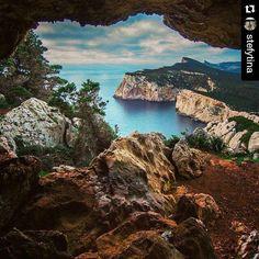 by http://ift.tt/1OJSkeg - Sardegna turismo by italylandscape.com #traveloffers #holiday | #Repost @stefytina with @repostapp  Ritorno alla #grottadeivasirotti #capocaccia #alghero #mare #sardegna #sardegnaofficial #igersassari #igersardegna #loves_sassari #lanuovasardegna #instasassari #instasardegna #instaterrestre #volgosardegna #insidesardegna #unionesarda #focusardegna #sardiniaexperience #sardinia #sardegnaofficial. #sardinia_exp #bellasardegna #igw_skyline #sardiniamylove…