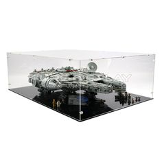 Home :: Display Cases for Lego :: Lego Star Wars :: 10179 UCS Millennium Falcon Display Case