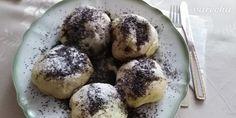 Makové buchty na pare (fotorecept) - recept | Varecha.sk Thing 1, Muffin, Breakfast, Desserts, Food, Basket, Morning Coffee, Tailgate Desserts, Deserts