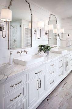 Beautiful Master Bathroom Remodel Ideas (53) #BathroomRemodeling