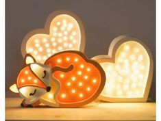 This beautiful Fox Lamp was made by a small family manufacturer in Krakow. The product is made from sustainable wood and handcrafted with close attention to detail. Dimension: 31 x 19 x cm Material: Solid Pine wood LEDs warm white Typica