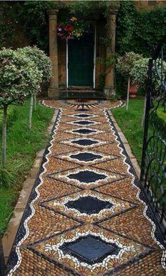 Mögen Sie auch bunte Farben im Garten? Dann sollte ein Blumenbeet nicht fehlen. - DIY Bastelideen