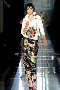 Jean Paul Gaultier Spring 2011 Ready-to-Wear Collection Photos - Vogue