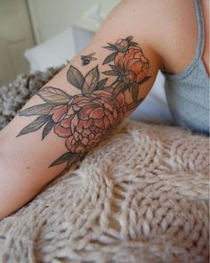 Healed peonies and little bee for Breanna! Xx