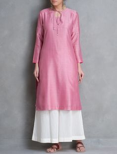Buy Pink Tie Up & Pintuck Detailed Chanderi Kurta Set of 2 by Smriti Kurta: Lining: Cotton Online at Jaypore.com