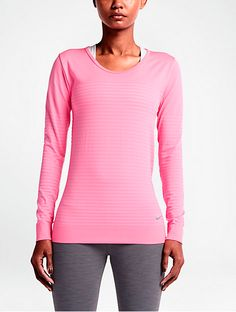 7fab5bbc67 Nike Seamless Dri-FIT Knit Crew - loose-fitting fabric with ventilation  zones to