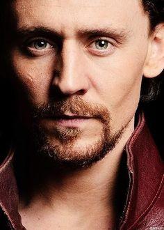 Tom (click through!)