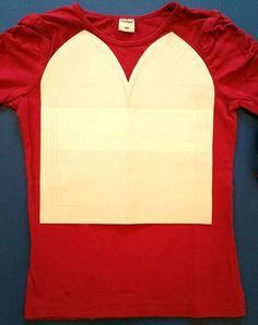 Step-by-Step Bastelanleitungen: T-Shirt Recycling: Beanie Mütze nähen aus T-Shirts -- Schritt 1