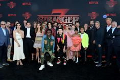 Cast Stranger Things, Image Types, Google Images, Netflix, It Cast