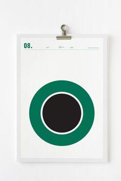 L identité de  Starbucks facilement reconnaissable dans ce logo minimaliste  de Nick Barclay. 1d0172af83f