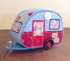 Retro style mixed media caravan, felt, fabric and buttons, by Lisa. Pay