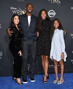 A Wrinkle In Time World Film Premiere - Kobe Bryant and his family look magical at the world premiere of Disney's 'A Wrinkle in Time' in Hollywood. Source by lorriannemartin Look Kobe Bryant Family, Lakers Kobe Bryant, Vanessa Bryant, Natalia Bryant, Kobe Bryant Daughters, Kobe Mamba, Kobe Bryant Pictures, Celebrity Siblings, Kobe Bryant Black Mamba