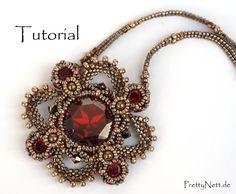 Beading Pattern Beading Tutorial for pendant Royal by PrettyNett
