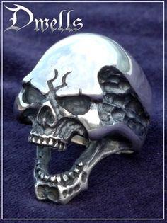 Scull ring Dwells (scull ring / silver accessories / シルバーアクセ / silver / silver 925/Silver925/ silver / デュエルズ / ring / ring / men / Lady's / unisex / scull / skeleton / skeleton /))