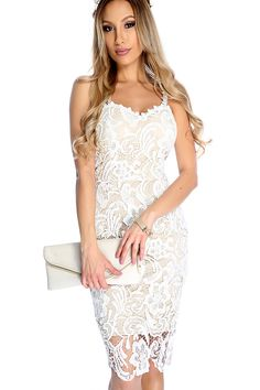 Be best dressed at any event with this sexy cocktail dress! Featuring floral overlay crotchet, padded cups, sleeveless, sip up back closure, back slit, and fitted.
