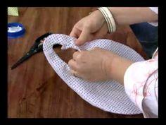 """Lixeirinha para carro. Amei as dicas: ao fazer os """"piques"""" em costura redonda, para não cortar além da costura, colocar alfinete.. Outra dica, como fazer VIÉS."""