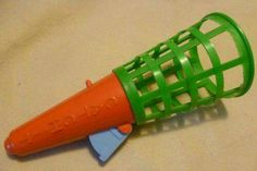 Vintage Toy - Plastic Catchit Ball Catching Toy (No Ball) - England Circa Vintage Toys 1960s, 1960s Toys, Retro Toys, 1970s Childhood, My Childhood Memories, Great Memories, Good Old Times, The Good Old Days, Oldies But Goodies