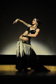 Tribal Fusion Belly Dance  by vagabond princess, via Flickr