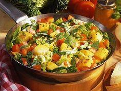 Cabbage Recipes, Mozzarella, Potato Salad, Hair Care, Veggies, Cooking, Ethnic Recipes, Food, Quiches