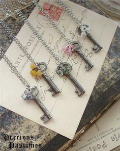 Skeleton Key Craft Ideas   Antique Skeleton Key Necklaces.   ideas for girls' weddings - someday