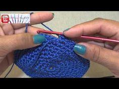 Cómo tejer una mochila estilo wayuú paso a paso (2) Base redonda - YouTube Minion Crochet, Crochet Yarn, Mochila Crochet, Crochet Mandala, Crochet Videos, Bohemian Jewelry, Fingerless Gloves, Arm Warmers, Friendship Bracelets
