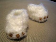 Free Pattern: Crochet Monster baby booties!!