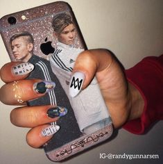 Dream Boyfriend, Makeup Case, Nail Designs, Phone Cases, My Love, Tik Tok, Mac, Fandoms, Finger Nails