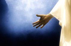 """""""O Espírito do SENHOR Deus está sobre mim, porque o SENHOR me ungiu para pregar boas-novas aos quebrantados, enviou-me a curar os quebrantados de coração, a proclamar libertação aos cativos e a pôr em liberdade os algemados; a apregoar o ano aceitável do SENHOR..."""" (Is 61.1,2a)"""